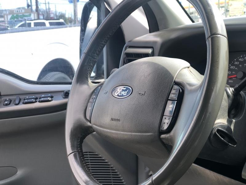 Ford Super Duty F-250 2004 price $1,000 Down