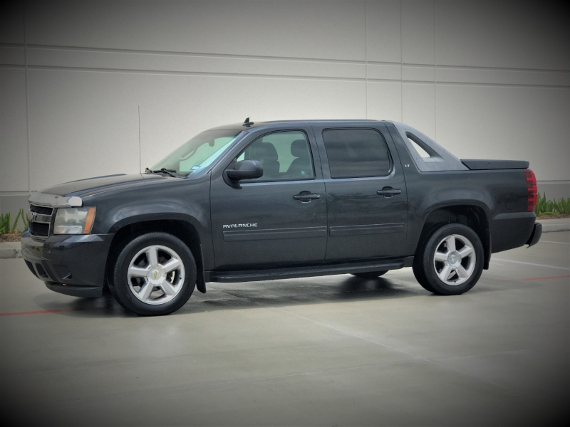 Chevrolet Avalanche 2010 price $1,500 Down