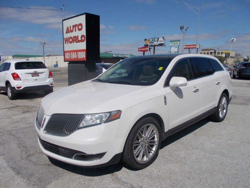 LINCOLN MKT 2014 price $16,999