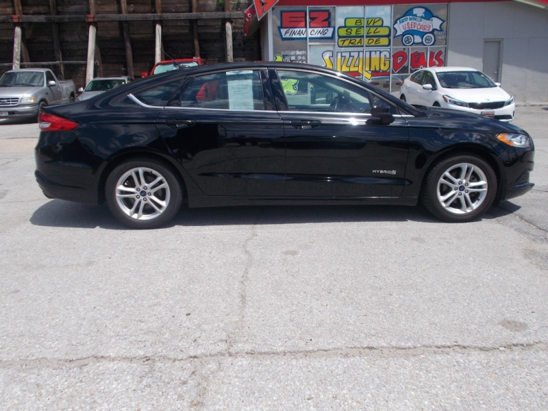 FORD FUSION 2018 price $17,999