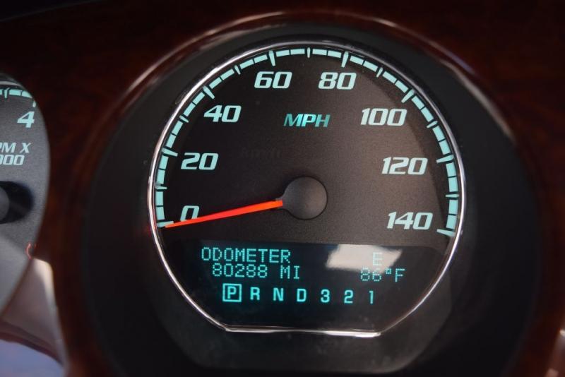 BUICK LUCERNE 2011 price $11,987