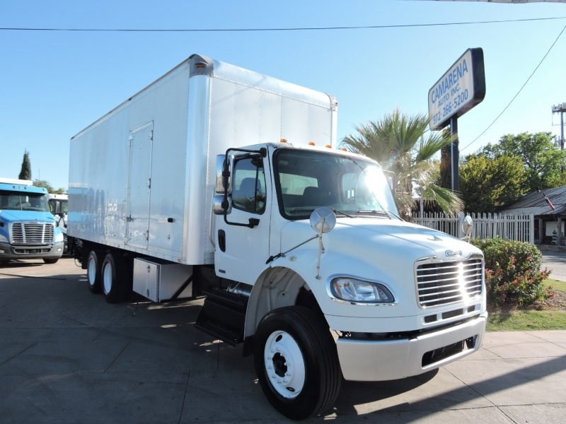 Freightliner M2 26 FOOT LIFTGATE 2011 price $36,990