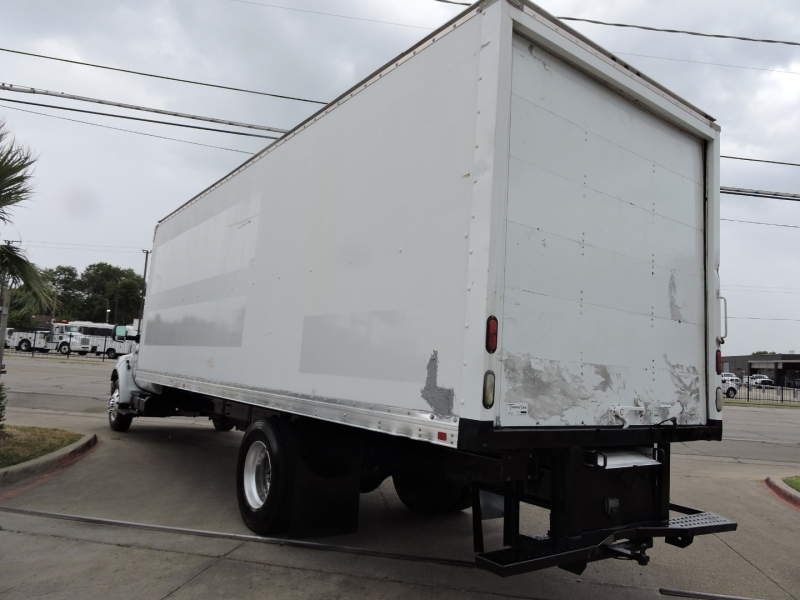 Ford F750 26 FOOT BOX 2012 price $29,990