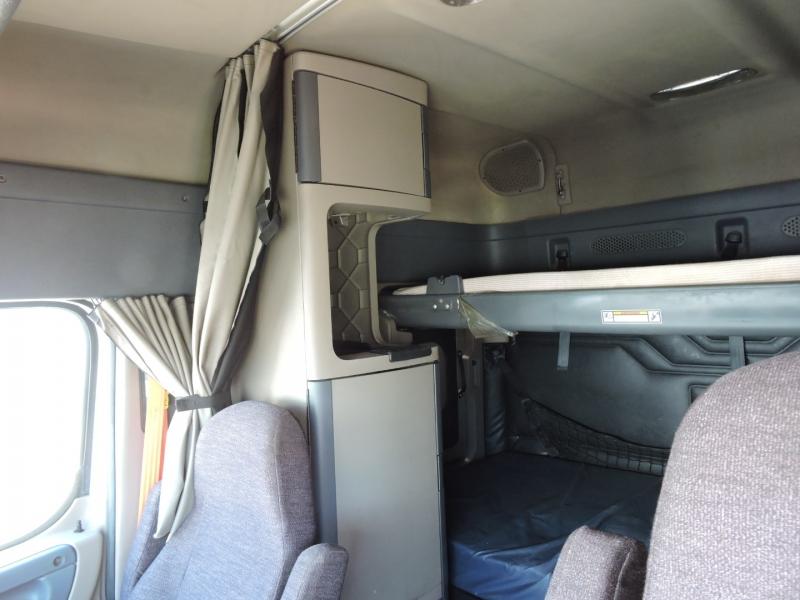 Freightliner CASCADIA SLEEPER 2015 price $39,990