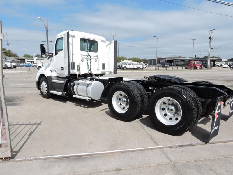 KENWORTH T680 DAYCAB  2017 price $39,990