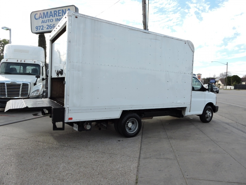Chevrolet Express Commercial Cutaway 2015 price $17,990