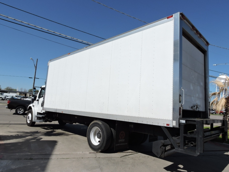 Freightliner M2 24 FOOT BOX 2010 price $29,990
