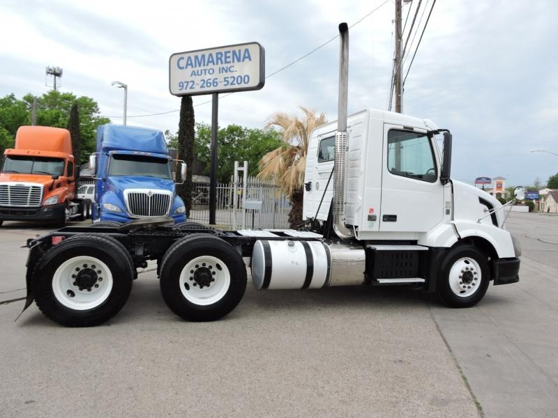 Volvo VNL 2011 price $19,990