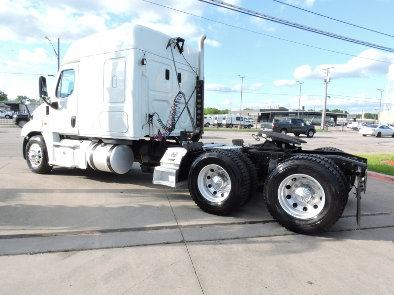 Freightliner CASCADIA SLEEPER 2015 price $49,900