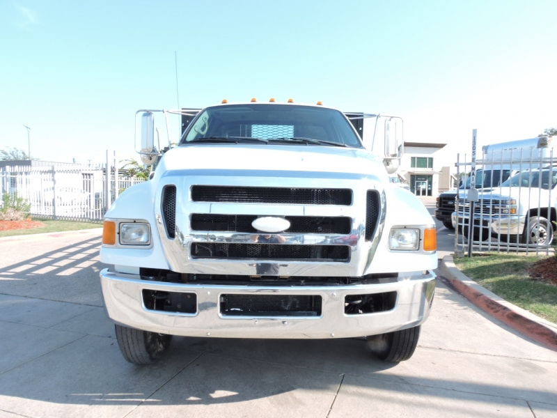 Ford Super Duty F-750 24 FOOT FLATBED 2008 price $29,900