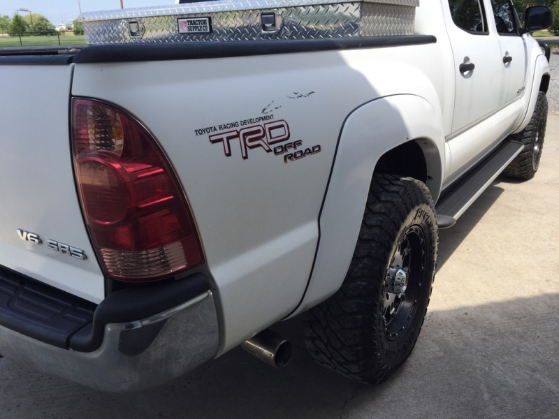 Toyota Tacoma 2008 price $15,995