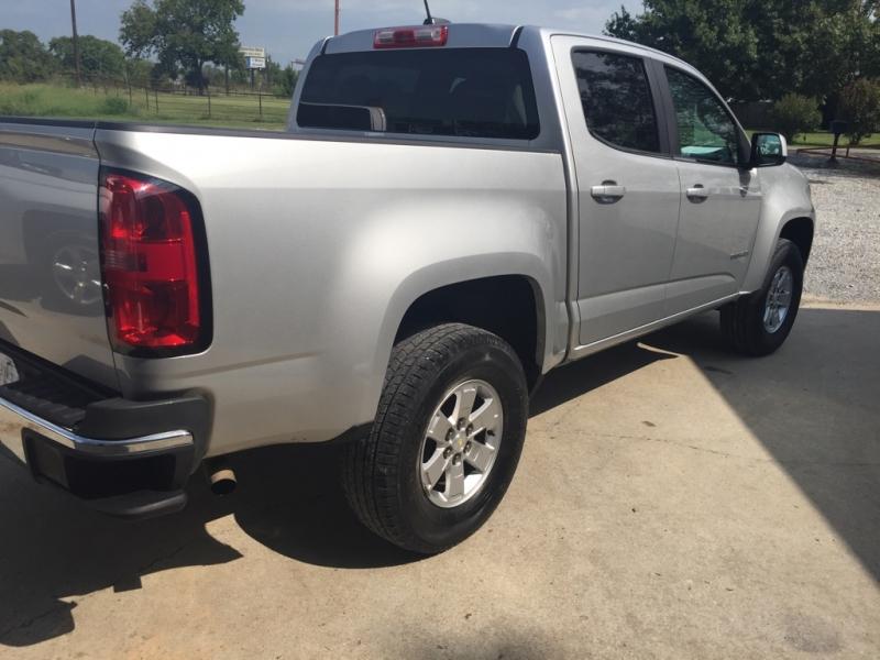 Chevrolet Colorado 2017 price $18,400