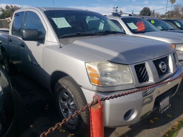 Nissan Titan Crew Cab 2006 price $9,999