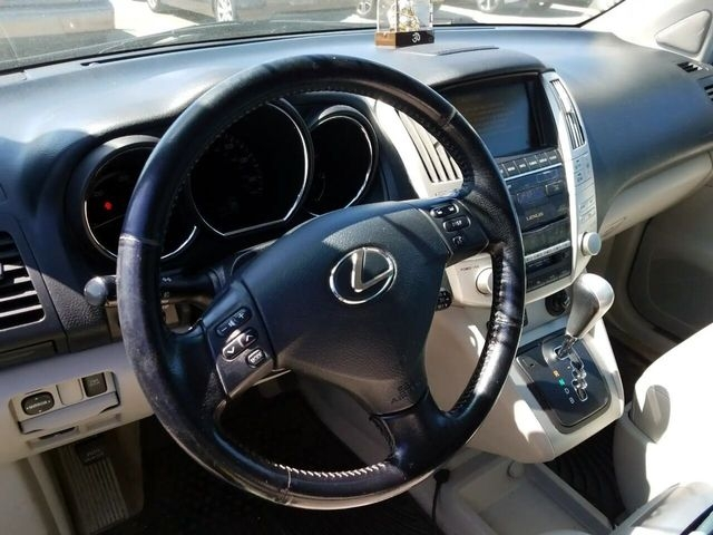 Lexus RX 2006 price $9,900