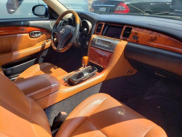 Lexus SC 2003 price $12,999