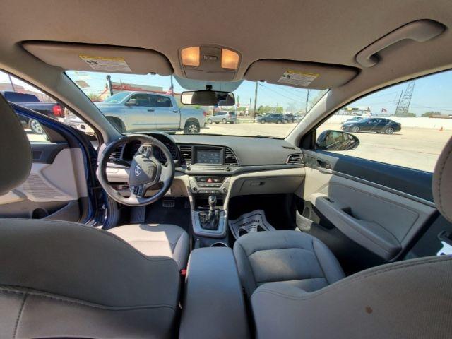 Hyundai Elantra 2017 price $8,500 Cash