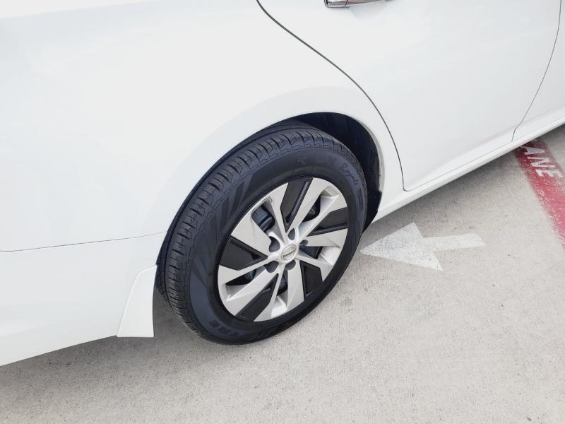Nissan Altima 2019 price $3,500 Down