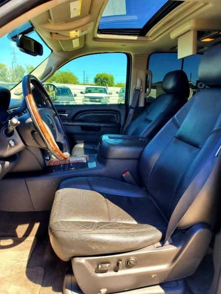 GMC Yukon 2013 price $3,000