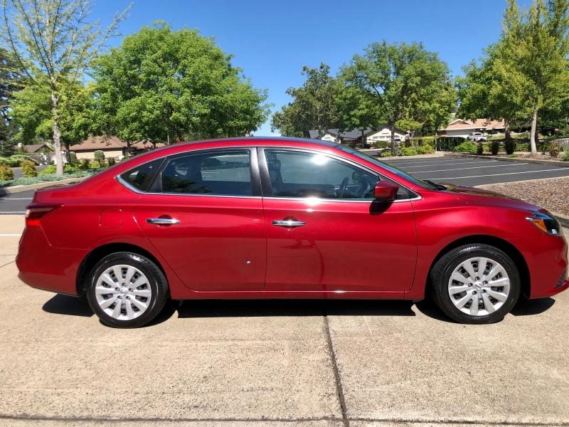 Nissan Sentra 2017 price $9,995