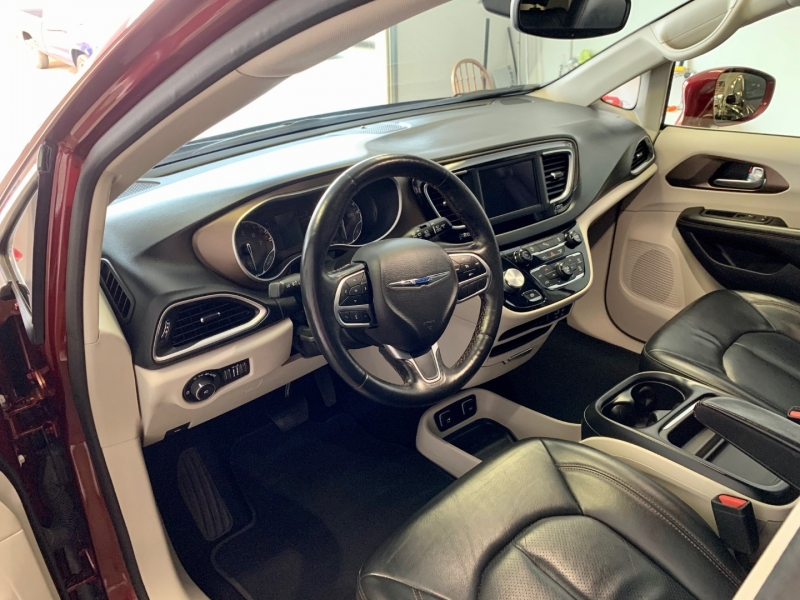 Chrysler Pacifica 2019 price $0
