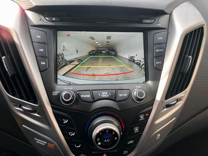 Hyundai Veloster 2016 price $9,575