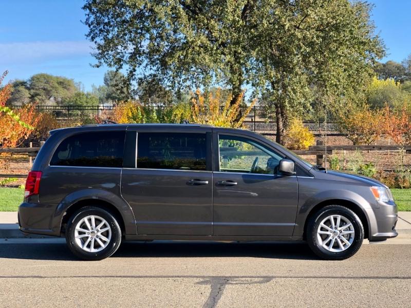 Dodge Grand Caravan 2018 price $12,545