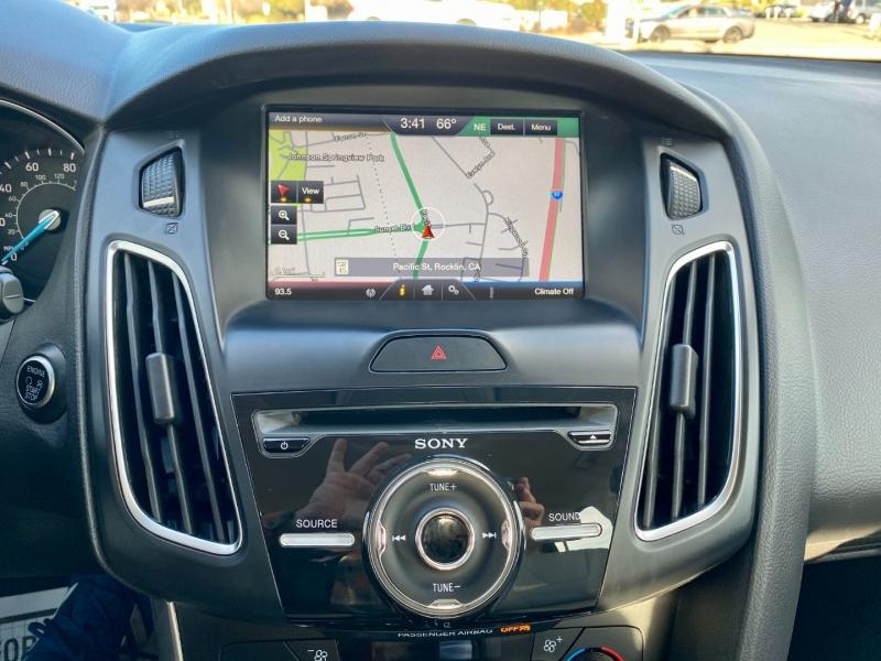 Ford Focus 2015 price $9,475