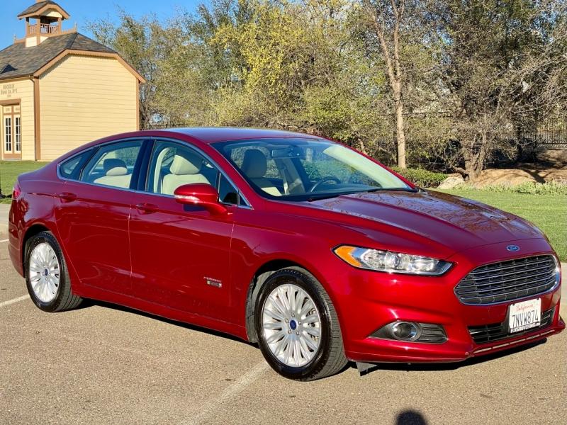 Ford Fusion Energi 2016 price $9,999