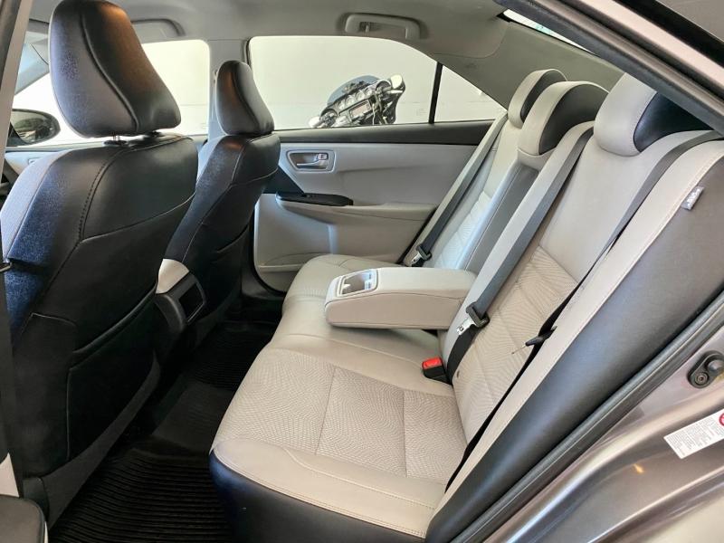 Toyota Camry 2017 price $18,585