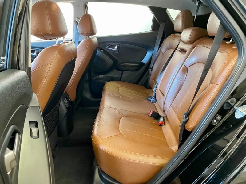 Hyundai Tucson 2015 price $13,945