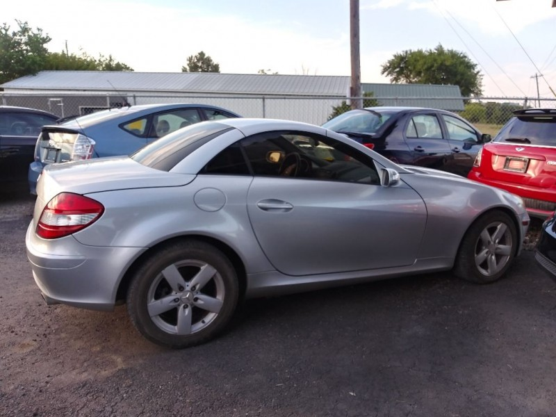 MERCEDES-BENZ SLK 2006 price $8,999