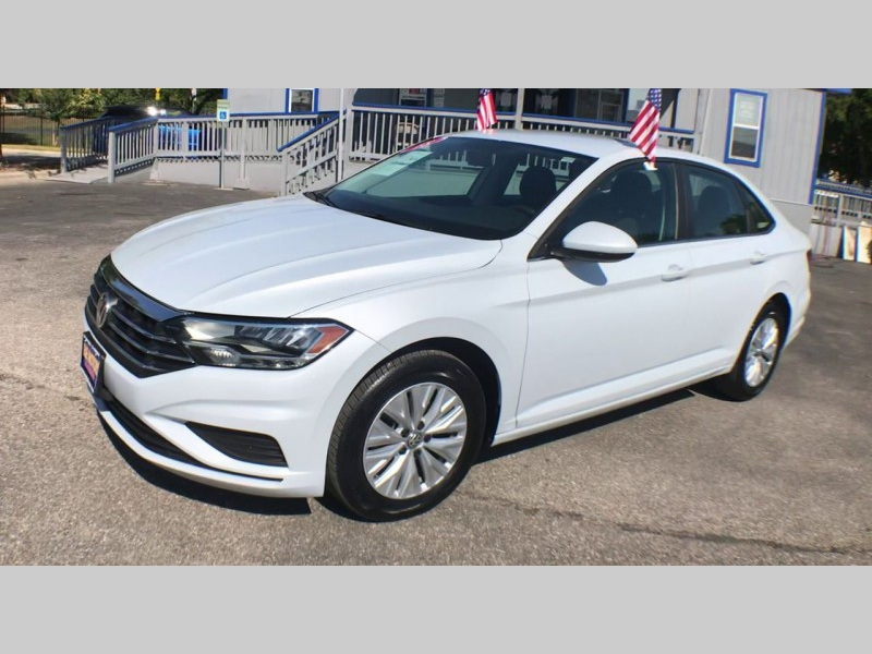 Volkswagen Jetta 2019 price CALL FOR PRICE