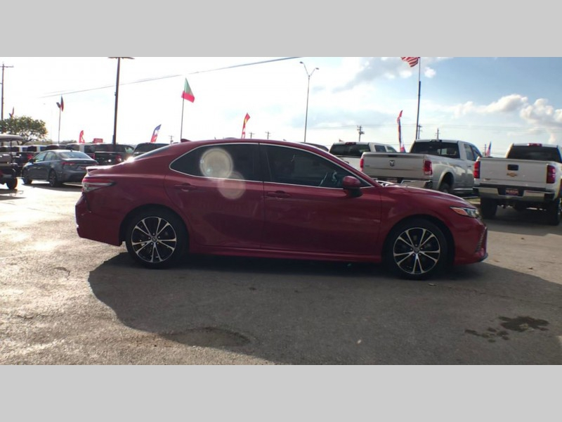 Toyota Camry 2019 price CALL FOR PRICE