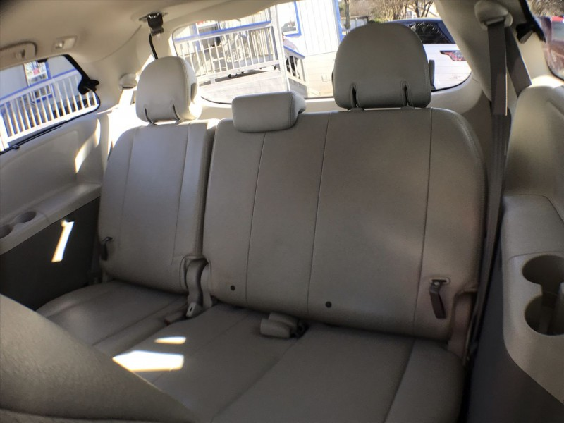 Toyota Sienna 2013 price CALL FOR PRICE