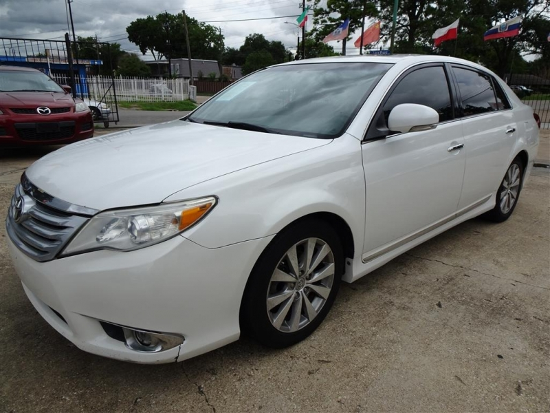 Toyota Avalon 2011 price $12,000