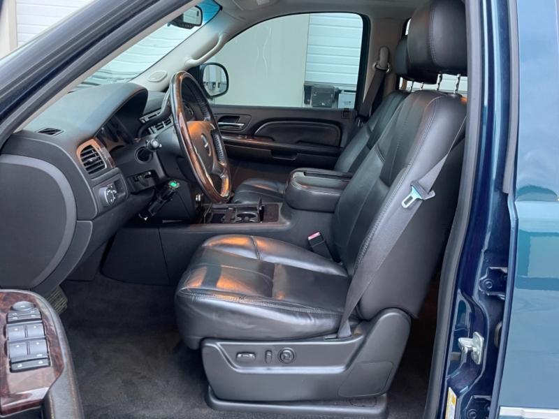 GMC Yukon Denali 2007 price $12,995