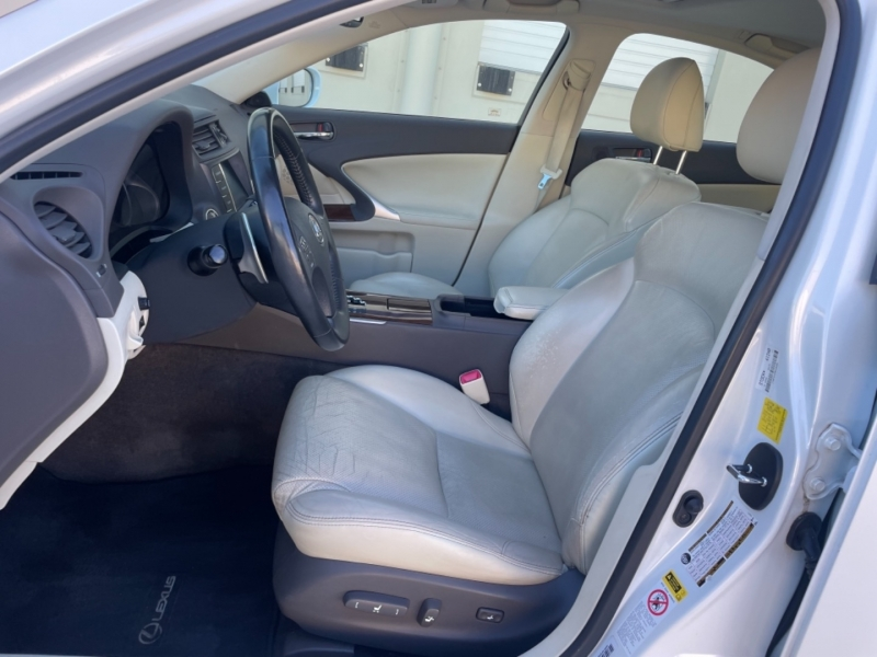 Lexus IS 250 2010 price $17,995