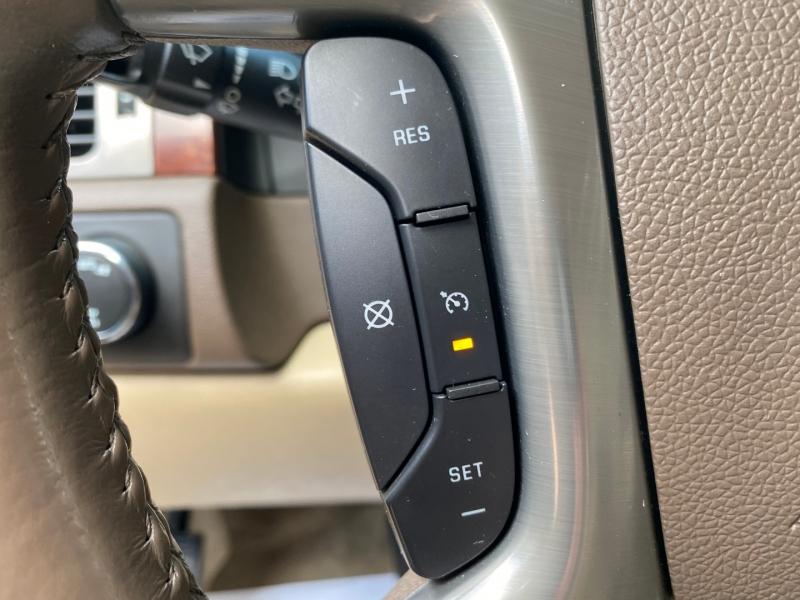 Chevrolet Suburban 2010 price $15960