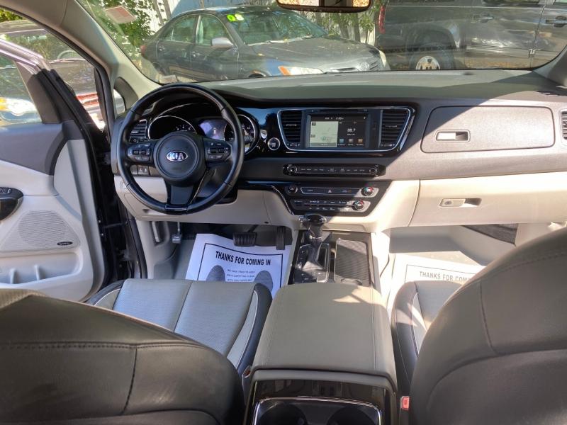 Kia Sedona 2016 price $16,966