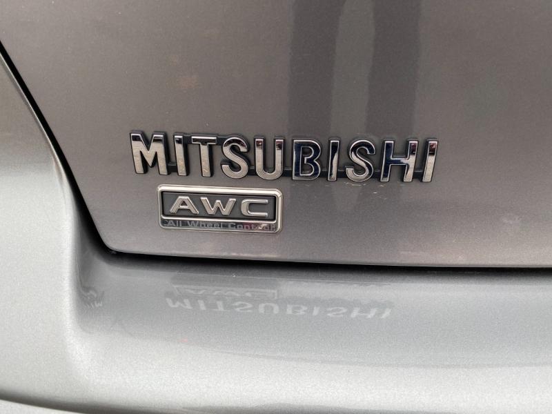 Mitsubishi Lancer 2015 price $10,977