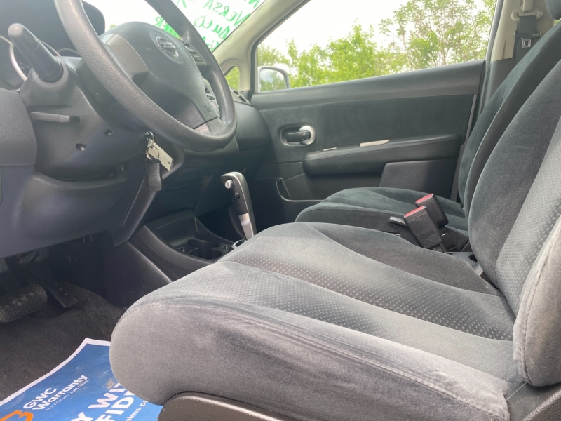 Nissan Versa 2011 price $7,995
