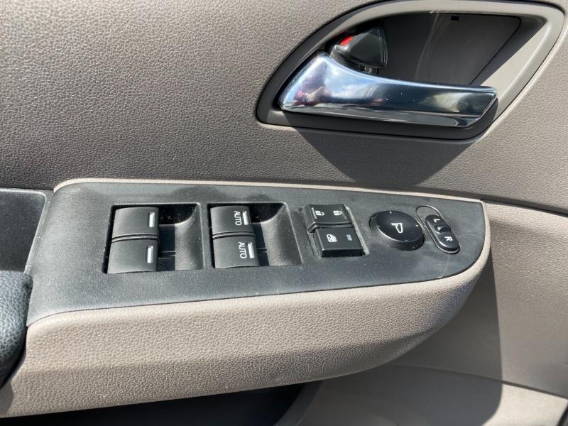 Honda Odyssey 2015 price $18,775