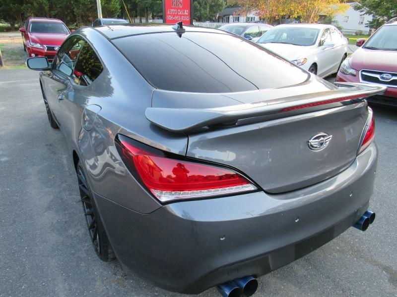 Hyundai Genesis Coupe 2015 price $15,495