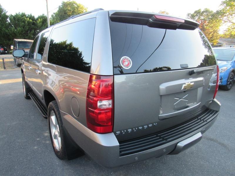 Chevrolet Suburban 2007 price $7,495