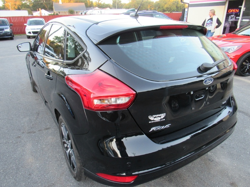 Ford Focus 2018 price $10,995