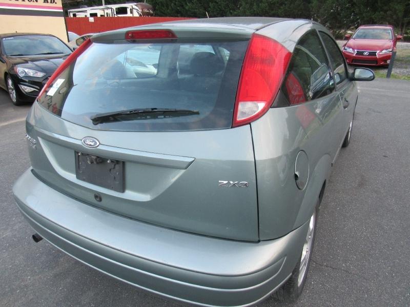 Ford Focus 2005 price $1,495