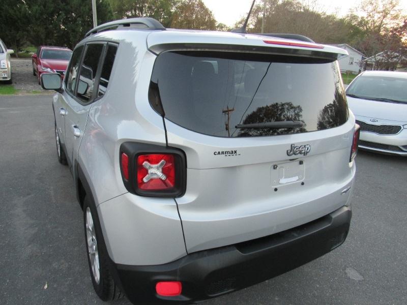 Jeep Renegade 2015 price $13,995
