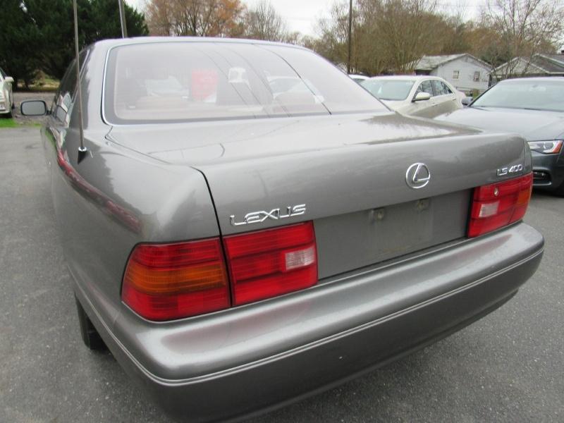 Lexus LS 400 1995 price $4,995