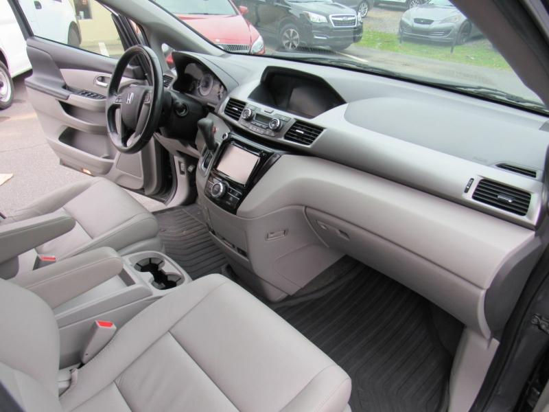 Honda Odyssey 2016 price $15,995