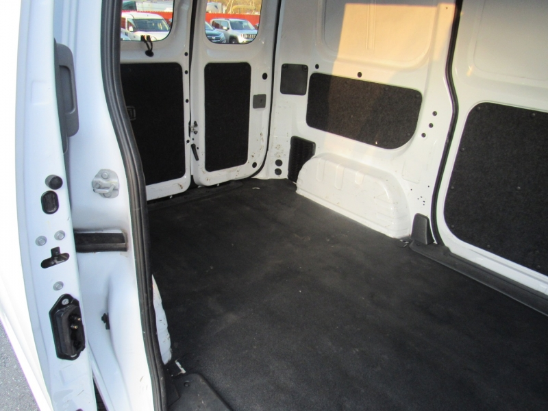 Nissan NV200 Compact Cargo 2017 price $9,995